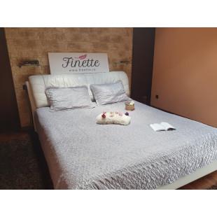 Cuvertura moderna de pat dublu. pentru 2 persoane, din catifea