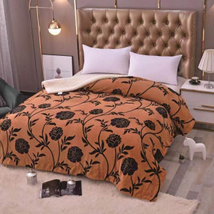 Patura pufoasa cu blanita pentru pat dublu, 2 persoane 200x230 cm - Kendra